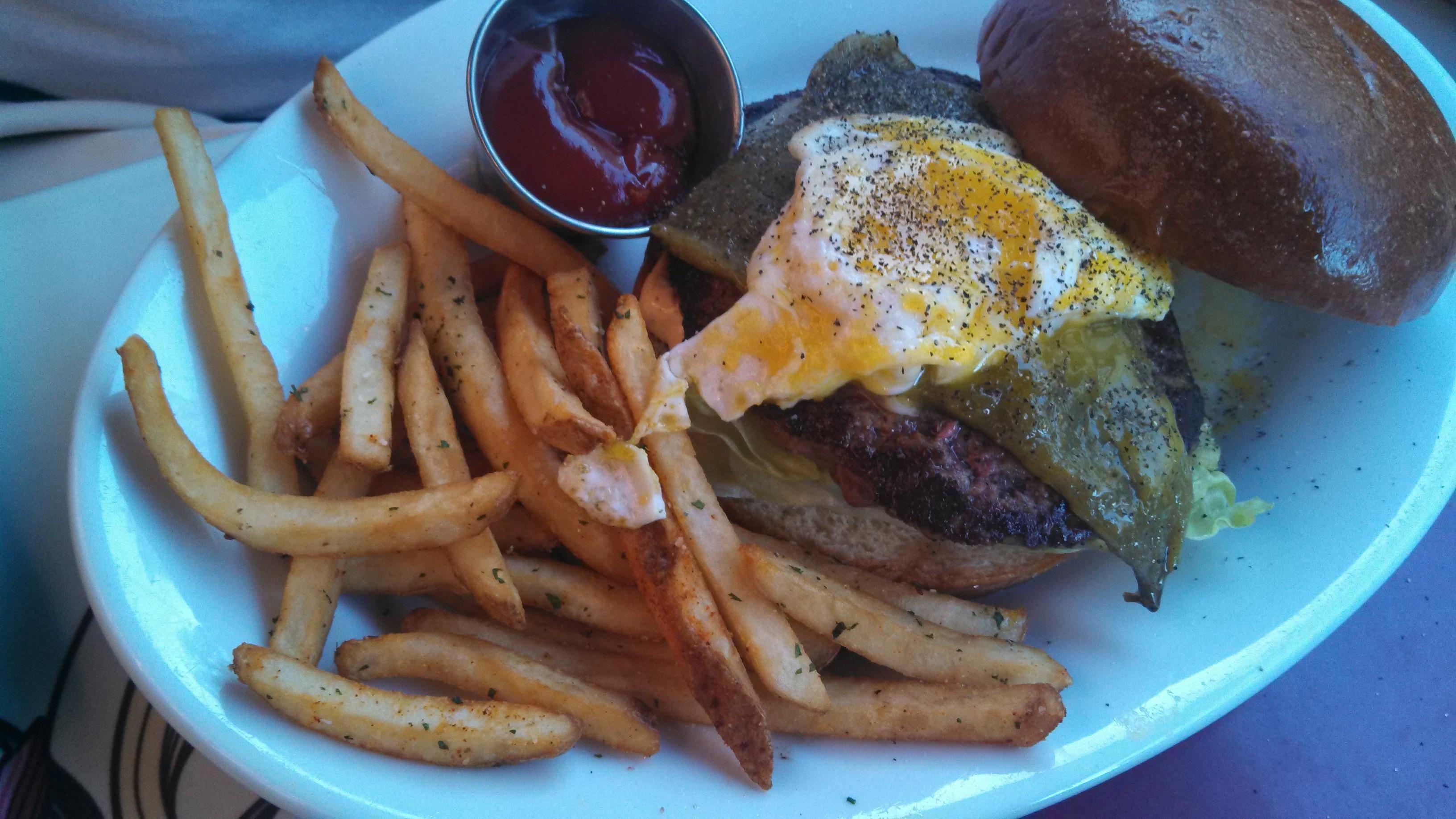 Eating in Disneyland: Food Allergies to Favorite Spots